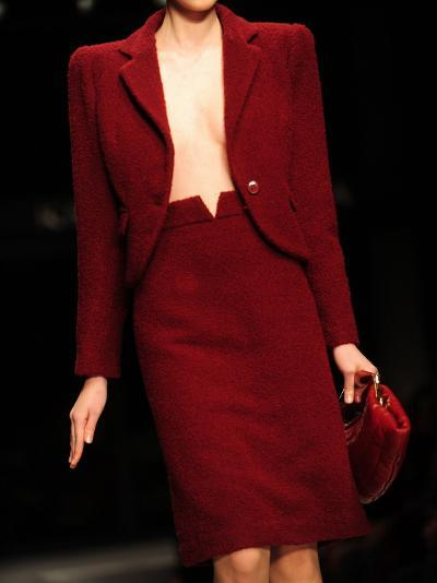 A Model Displays a Creation of Gucci Fall/Winter 2009-2010 Ready-to-wear Collection--Photographic Print
