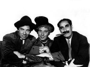 A Night at the Opera, Chico Marx, Harpo Marx, Groucho Marx, 1935
