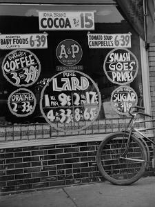 A&P Chain Food Market Advertises its 1939 Food Prices