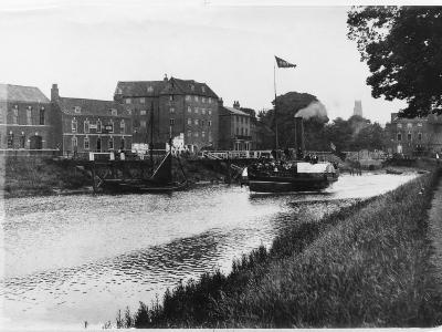 A Paddle Steamer Carries Excursionists on the River Witham at Boston, Lincolnshire, England--Photographic Print