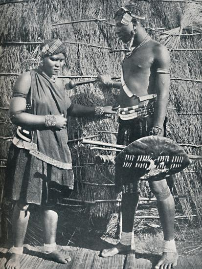 A pair of Zulu lovers, 1912-Unknown-Photographic Print