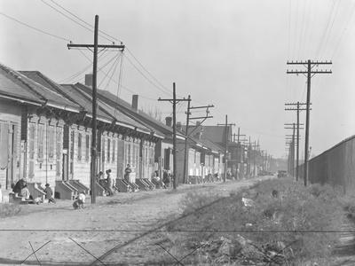 https://imgc.artprintimages.com/img/print/a-person-street-in-new-orleans-louisiana-1935_u-l-q1by9p30.jpg?p=0