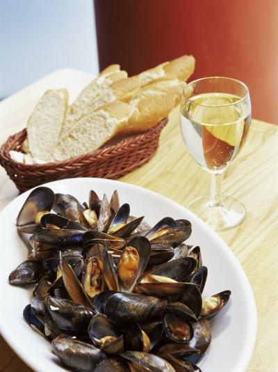 A Plate of Mussels, Glasgow, Scotland, United Kingdom, Europe-Yadid Levy-Photographic Print