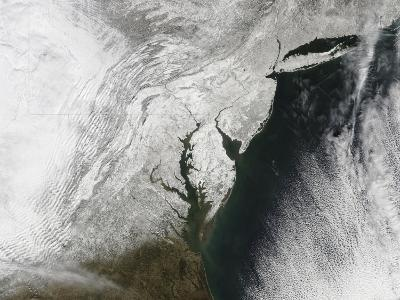 A Severe Winter Storm Along the United States East Coast--Photographic Print
