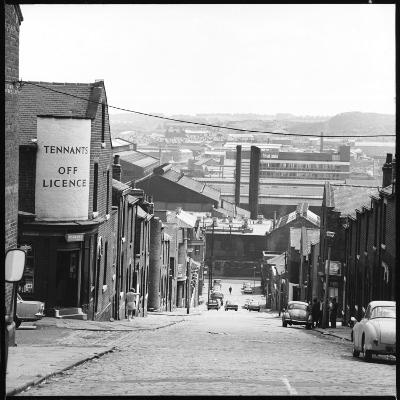 A Sheffield Street Scene-Henry Grant-Photographic Print