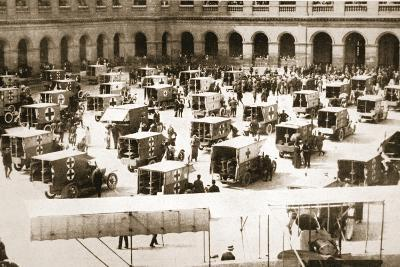 A Splendid Gift: Ninety Motor Ambulances for the French Army Medical Service--Photographic Print
