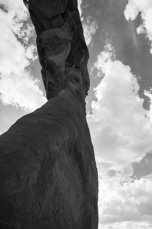 https://imgc.artprintimages.com/img/print/a-stone-arch-in-arches-national-park-utah_u-l-pwdtnz0.jpg?p=0
