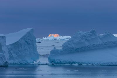 A Sunset over Grandidier Channel, Antarctica-Ralph Lee Hopkins-Photographic Print