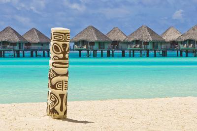 A Tiki Totem Pole on the Beach at the Le Meridien Resort-Mike Theiss-Photographic Print