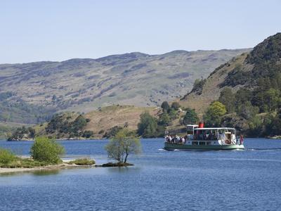 https://imgc.artprintimages.com/img/print/a-tourist-steamer-on-lake-ullswater-lake-district-national-park-cumbria-england-uk-europe_u-l-phdyix0.jpg?p=0