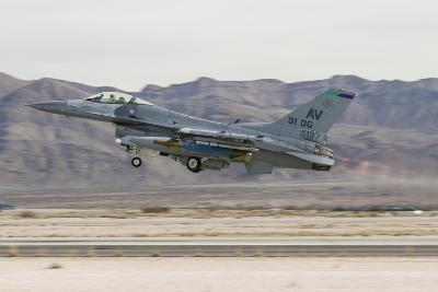 A U.S. Air Force F-16C Fighting Falcon Taking Off-Stocktrek Images-Photographic Print