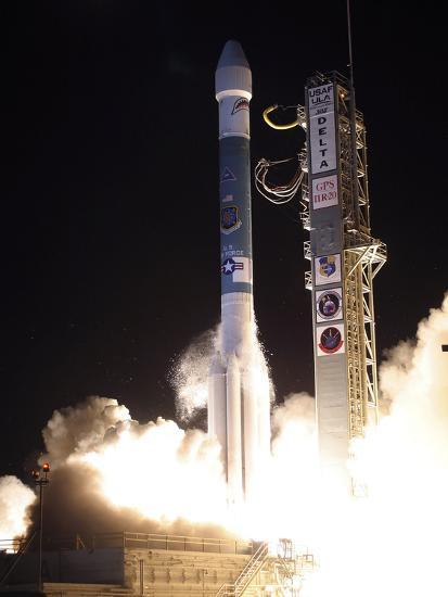 A United Launch Alliance Delta II Rocket Lifts Off from Its Launch Complex-Stocktrek Images-Photographic Print