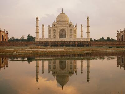 A View of the Taj Mahal Reflected in the Yamuna River-Bill Ellzey-Photographic Print