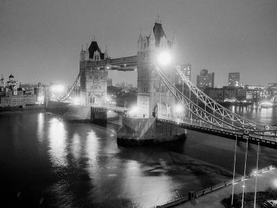 A View of Tower Bridge on the River Thames Illuminated at Night in London, April 1987--Photographic Print