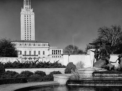 A View Showing the Exterior of the Texas University-Carl Mydans-Premium Photographic Print