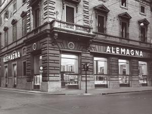 Alemagna Store by A. Villani
