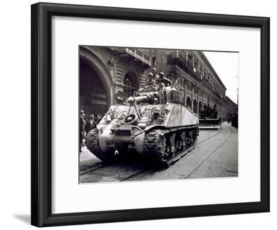 Piazza Maggiore During Liberation, Crowd Watches the Passage of Polish Troops and Tanks, Bologna