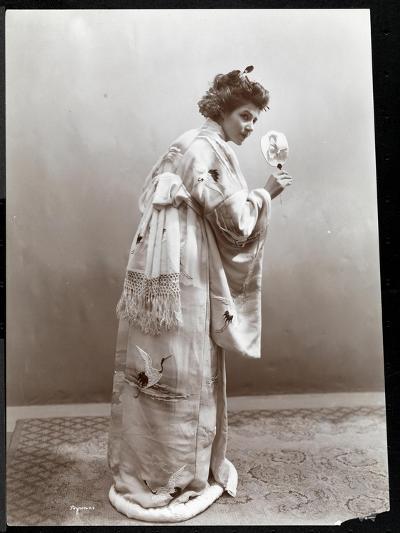 A Woman Modeling a Japanese Kimono, New York, 1904-Byron Company-Giclee Print