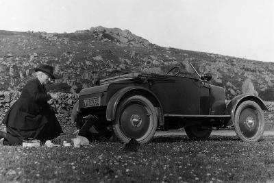 A Woman Picnicking Next to Her Air-Cooled Rover 8, C1919-C1925--Photographic Print