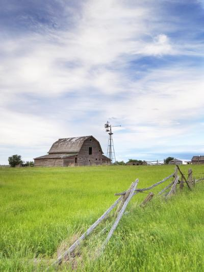 Abandoned Barn, Near Leader, Saskatchewan, Canada-Sam Chrysanthou-Photographic Print