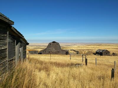 Abandoned Farm in Canada's Prairies-Pete Ryan-Photographic Print