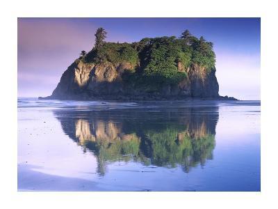 Abbey Island looms over Ruby Beach, Olympic National Park, Washington-Tim Fitzharris-Art Print