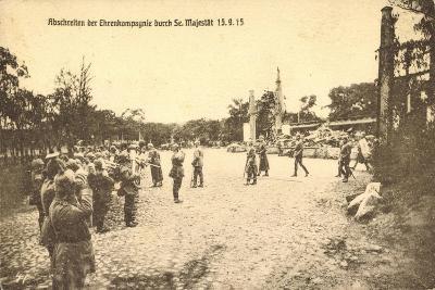 Abschreiten Der Ehrenkompagnie Durch Wilhelm II, 1915--Giclee Print