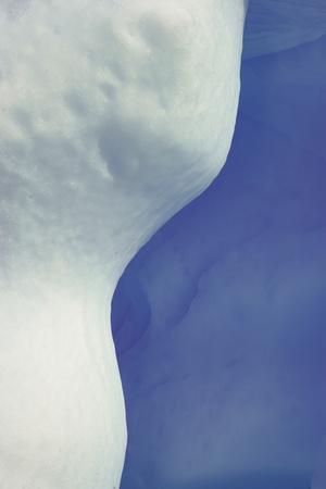 https://imgc.artprintimages.com/img/print/abstract-blue-white-ice_u-l-q1d3k9h0.jpg?p=0