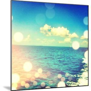Ocean Breeze I by Acosta