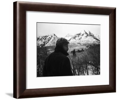 Actor Robert Redford-John Dominis-Framed Premium Photographic Print