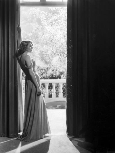 "Actress Patricia Neal in ""The Fountainhead""-Allan Grant-Premium Photographic Print"