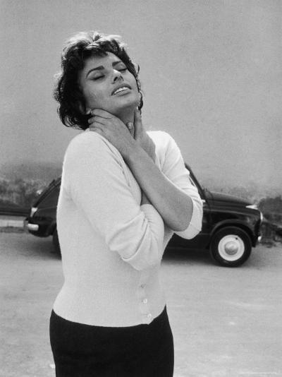 Actress Sophia Loren Displaying a Wide Range of Emotions-Loomis Dean-Premium Photographic Print