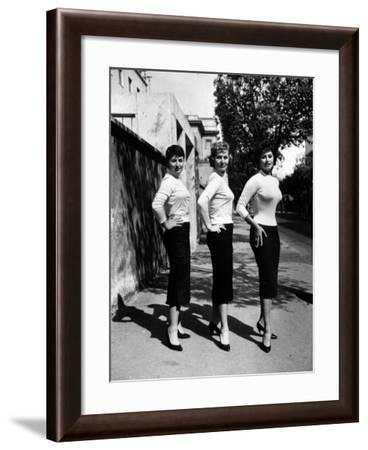 Actress Sophia Loren Posing with Her Mother and Her Sister-Loomis Dean-Framed Photographic Print