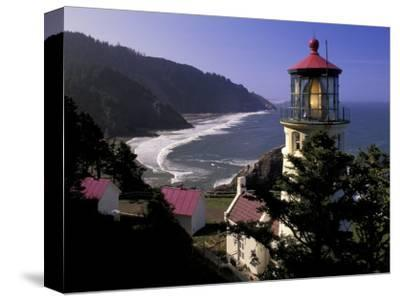 Heceta Head Lighthouse, Florence, Oregon, USA