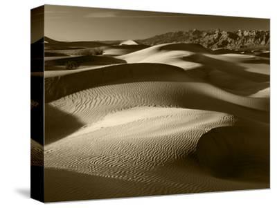 Mojave Desert Sand Dunes, Death Valley National Park, California, USA