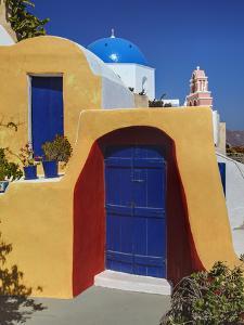 Oia, Santorini, Greece by Adam Jones