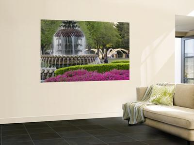 Pineapple Fountain, Charleston, South Carolina, USA