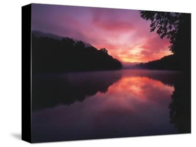 Steaming Kentucky River at Sunrise, Kentucky, USA