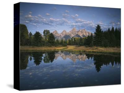 Teton Range and Snake River, Grand Teton National Park, Wyoming, USA