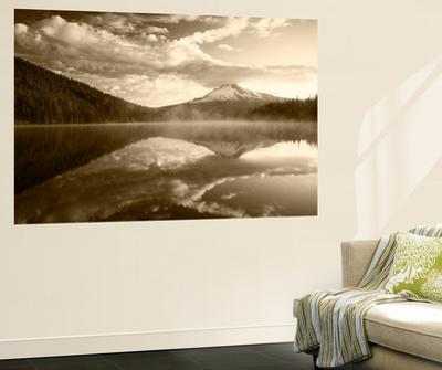 Trillium Lake, Mt Hood National Forest, Mt Hood Wilderness Area, Oregon, USA
