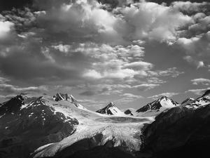 Worthington Glacier and Chugach Mountains, Thompson Pass Near Valdez, Alaska, USA by Adam Jones