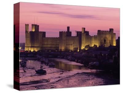 Caernarfon (Caernarvon) Castle, Unesco World Heritage Site, Gwynedd, Wales, United Kingdom