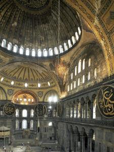 Interior of Santa Sofia (Hagia Sophia) (Aya Sofya), Unesco World Heritage Site, Istanbul, Turkey by Adam Woolfitt