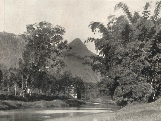 'Adamspik von Gegend Maskeliya', 1926-Unknown-Photographic Print