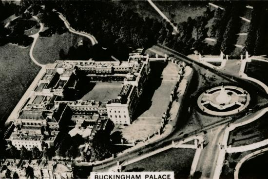 Aerial view of Buckingham Palace, 1939-Unknown-Photographic Print