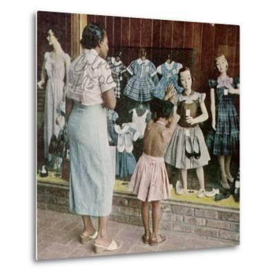 African American Ondria Thornton Window Shopping W. Her Granddaughter Ondria Tanner