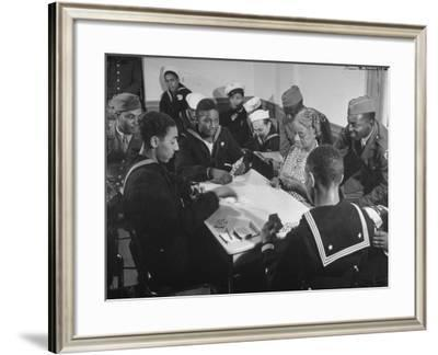 African American Soldiers and Sailors Playing Cards at the USO Recreation Center--Framed Photographic Print