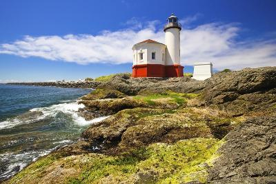 Afternoon Light on Coquille River Lighthouse, Bandon, Oregon Coast, Pacific Ocean-Craig Tuttle-Photographic Print