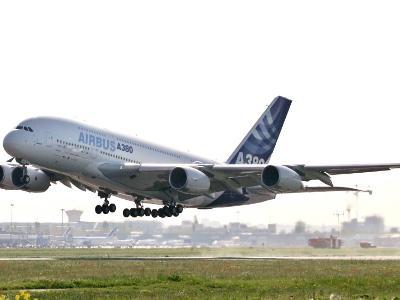 Airbus A380, the World's Largest Passenger Plane, Takes Off Successfully on its Maiden Flight--Photographic Print