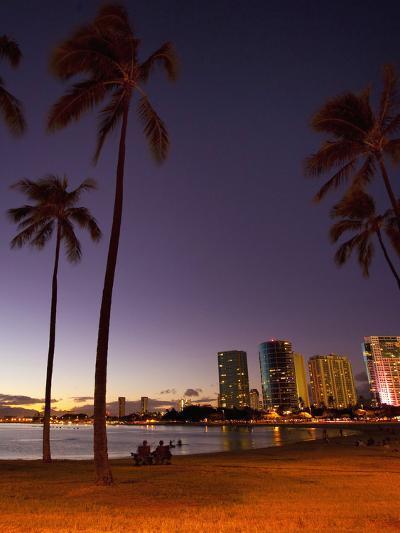 Ala Moana Beach Park, Waikiki, Honolulu, Oahu, Hawaii, USA-Douglas Peebles-Photographic Print